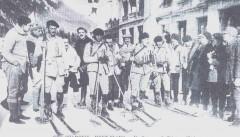 Départ du 30 km du ski militaire, l'équipe de France : Camille MANDRILLON, Maurice MANDRILLON, Adrien VANDELLE, Georges BERTHET